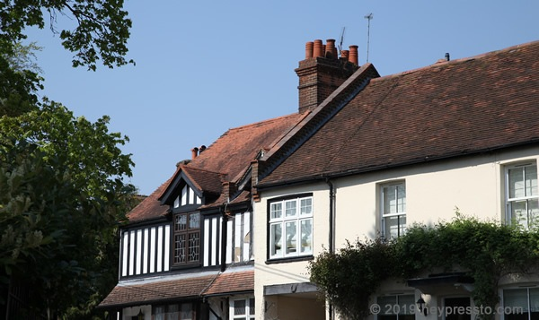 Letchmore Heath cottages