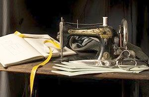 Costume research: a vintage sewing machine