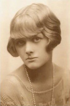 Daphne du Maurier - author of Rebecca